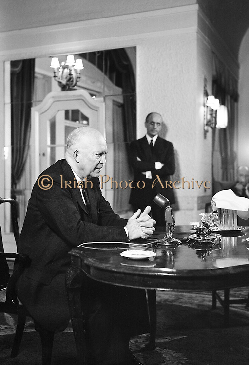 General Dwight D. Eisenhower, former President of the United States of America, gives a press conference at the Gresham Hotel. Mr. and Mrs. Eisenhower spent a few days in Ireland as part of a European tour..21.08.1962
