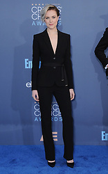 Evan Rachel Wood  bei der Verleihung der 22. Critics' Choice Awards in Los Angeles / 111216