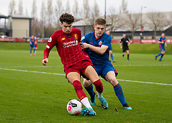 LIVERPOOL, ENGLAND - Monday, February 24, 2020: Liverpool's Neco Williams (L) and Sunderland's Owen Gamble during the Premier League Cup Group F match between Liverpool FC Under-23's and AFC Sunderland Under-23's at the Liverpool Academy. (Pic by David Rawcliffe/Propaganda)
