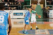 DESCRIZIONE : Avellino Lega A 2014-15 Sidigas Avellino Banco di Sardegna Sassari<br /> GIOCATORE : Sundiata Gaines<br /> CATEGORIA : palleggio schema<br /> SQUADRA : Sidigas Avellino<br /> EVENTO : Campionato Lega A 2014-2015<br /> GARA : Sidigas Avellino Banco di Sardegna Sassari<br /> DATA : 15/03/2015<br /> SPORT : Pallacanestro <br /> AUTORE : Agenzia Ciamillo-Castoria/A. De Lise<br /> Galleria : Lega Basket A 2014-2015 <br /> Fotonotizia : Avellino Lega A 2014-15 Sidigas Avellino Banco di Sardegna Sassari