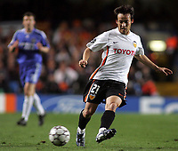 Photo: Paul Thomas.<br /> Chelsea v Valencia. UEFA Champions League. Quarter Final, 1st Leg. 04/04/2007.<br /> <br /> Goal scorer David Silva of Valencia in action.