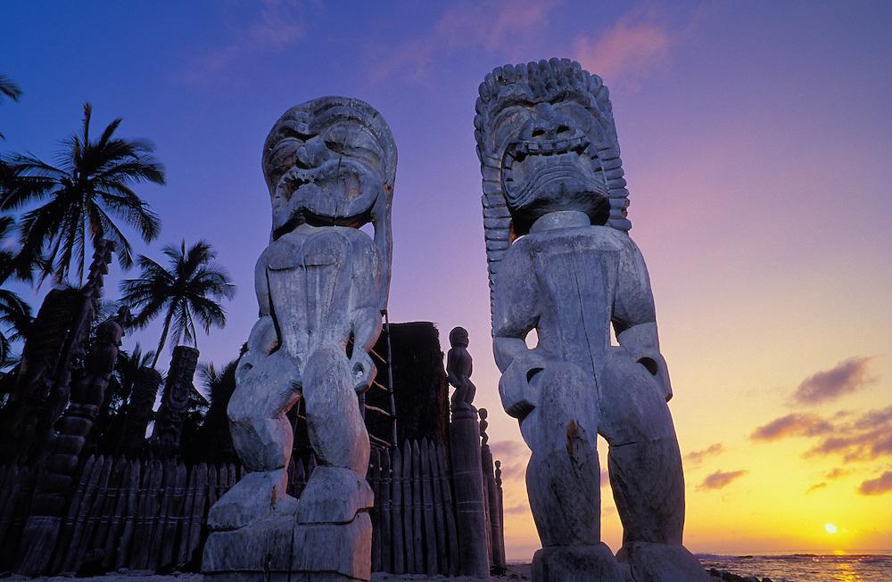 Carved wooden ki'i at Hale O Keawe Heiau, Pu'uhonua O Honaunau National Historical Park, South Kona, Island of Hawaii.