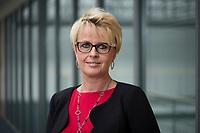 28 AUG 2015, BERLIN/GERMANY:<br /> Sabine Schumann, Beisitzerin Bundesfrauenvertretung des Deutschen Beamtenbundes, dbb, dbb Forum<br /> IMAGE: 20150828-01-023