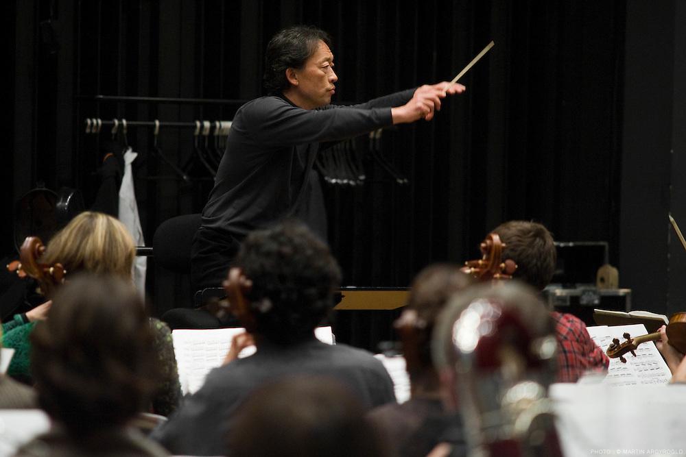 Myung-Whun Chung, Cnsmdp, 1 decembre 2009. Orchestre Philharmonique de Radio France et académie Philharmonique.