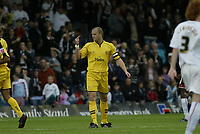 Photo: Marc Atkins.<br />Milton Keynes Dons v Notts County. Coca Cola League 2. 02/09/2006. Notts County's captain Alan White (C) reacts after receiving a red card.