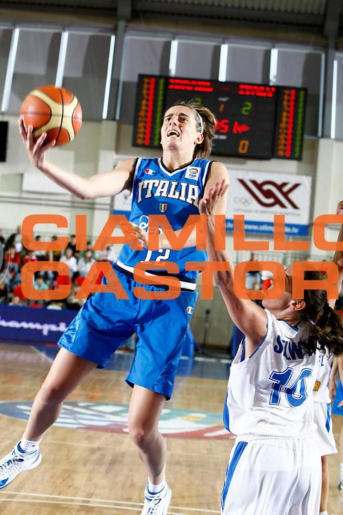 DESCRIZIONE : Valmiera Latvia Lettonia Eurobasket Women 2009 Italia Israele Italy Israel<br /> GIOCATORE :  Raffaella Masciadri<br /> SQUADRA : Italia Italy<br /> EVENTO : Eurobasket Women 2009 Campionati Europei Donne 2009 <br /> GARA : Italia Israele Italy Israel<br /> DATA : 08/06/2009 <br /> CATEGORIA : tiro<br /> SPORT : Pallacanestro <br /> AUTORE : Agenzia Ciamillo-Castoria/E.Castoria<br /> Galleria : Eurobasket Women 2009 <br /> Fotonotizia : Valmiera Latvia Lettonia Eurobasket Women 2009 Italia Israele Italy Israel<br /> Predefinita :