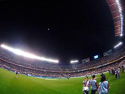 03-03-2007 VOETBAL: SEVILLA FC - BARCELONA: SEVILLA  <br /> Sevilla wint de topper met Barcelona met 2-1 / Stadion Ramon Sanchez Pizjuan met een maanverduistering<br /> ©2006-WWW.FOTOHOOGENDOORN.NL