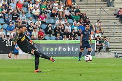 17.07.2019, Kufstein Arena, Kufstein, AUT, Testspiel, Borussia Moenchengladbach vs Istanbul Basaksehir FC, im Bild Tobias Sippel (Borussia Mönchengladbach) // during a test match for the upcoming Season between Borussia Moenchengladbach and Istanbul Basaksehir FK at the Kufstein Arena in Kufstein, Austria on 2019/07/17. EXPA Pictures © 2019, PhotoCredit: EXPA/ Lukas Huter