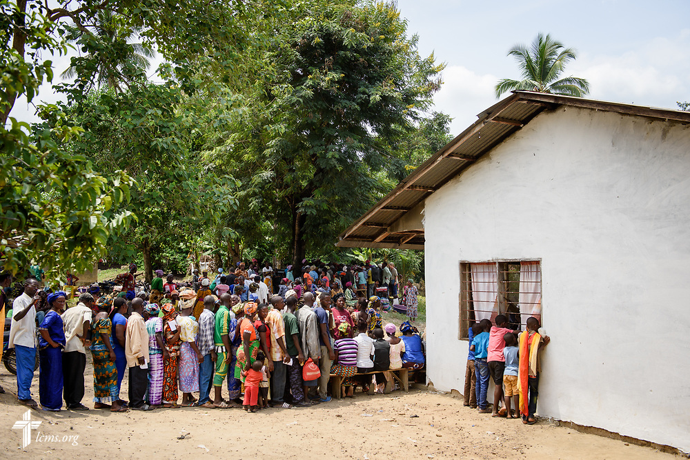 Patients line up for treatment on the third day of the LCMS Mercy Medical Team on Wednesday, May 9, 2018, in the Yardu village outside Koidu, Sierra Leone, West Africa. LCMS Communications/Erik M. Lunsford