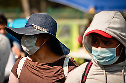 "November 10, 2018 - November, 10 2018 Tepotzotlán, México..The caravan of Central American migrants board trailers on the Mexico-Querétaro highway, in the municipality of Tepotzotlán, towards the city of Querétaro, Mexico.   .    PHOTO: OMAR LÃ""PEZ (Credit Image: © Omar LopezZUMA Wire)"