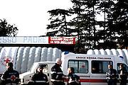 ROMA. MEDICI E MEZZI DELLA CROCE ROSSA ITALIANA ALL'INTERNO DEL CAMPO NOMADI CASILINO 900