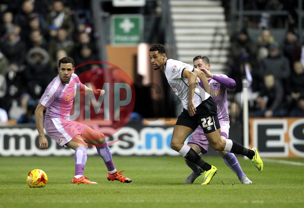 Nick Blackman of Derby County passes the ball - Mandatory byline: Robbie Stephenson/JMP - 12/01/2016 - FOOTBALL - iPro Stadium - Derby, England - Derby County v Reading - Sky Bet Championship