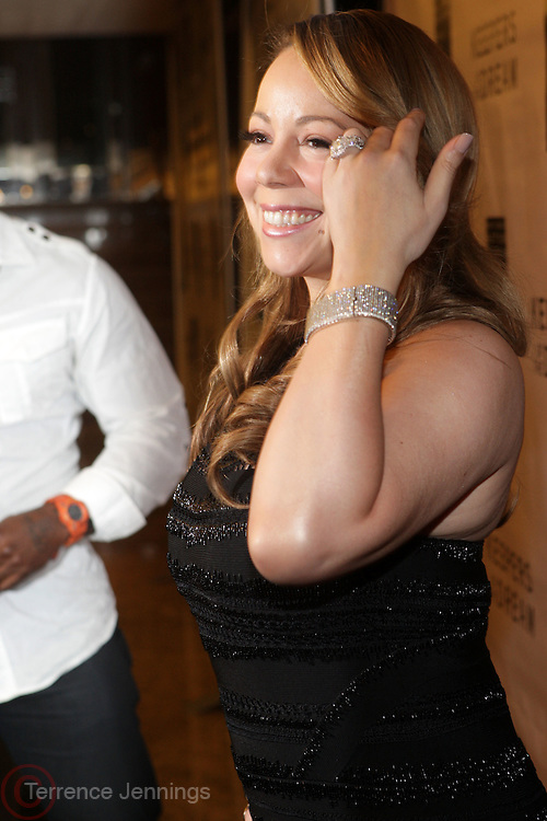 15 April 2010-New York, NY- Mariah Carey at The National Action Network's 12th Annual Keepers of the Dream Awards held at The Sheraton New York and Towers on April 15, 2010 in New York City. Photo: Terrence Jennings/Sipa