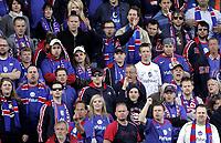 Fotball<br /> Tippeligaen Eliteserien<br /> 15.04.07<br /> Ullevaal Stadion<br /> Vålerenga VIF - Stabæk<br /> illustrasjon - supporter - supportere - fan - fans - Klanen<br /> Foto - Kasper Wikestad