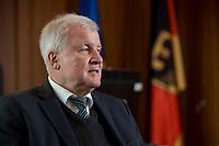 10 DEC 2016, BERLIN/GERMANY:<br /> Horst Seehofer, CSU, Bundesinnenminister, waehrend einem Interview, in seinem Buero, Bundesinnenministerium<br /> IMAGE: 20181210-02-003<br /> KEYWORDS; B&uuml;ro