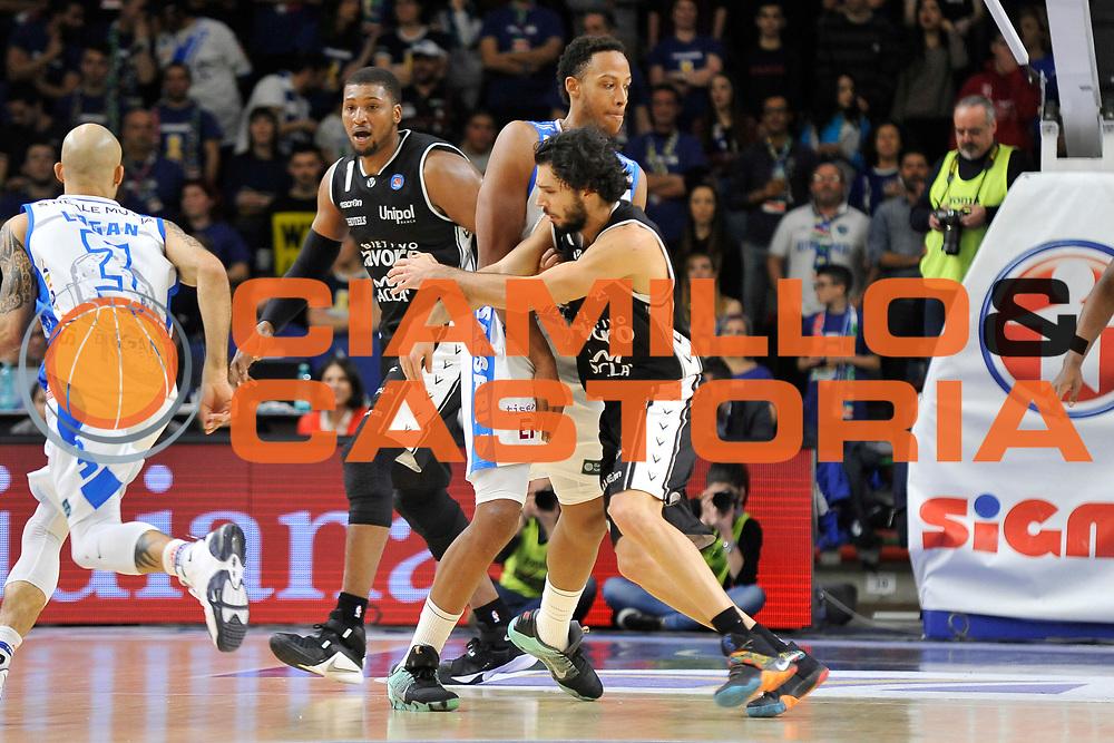 DESCRIZIONE : Beko Legabasket Serie A 2015- 2016 Dinamo Banco di Sardegna Sassari - Obiettivo Lavoro Virtus Bologna<br /> GIOCATORE : Kenneth Kadji<br /> CATEGORIA : Blocco Controcampo<br /> SQUADRA : Dinamo Banco di Sardegna Sassari<br /> EVENTO : Beko Legabasket Serie A 2015-2016<br /> GARA : Dinamo Banco di Sardegna Sassari - Obiettivo Lavoro Virtus Bologna<br /> DATA : 06/03/2016<br /> SPORT : Pallacanestro <br /> AUTORE : Agenzia Ciamillo-Castoria/C.Atzori