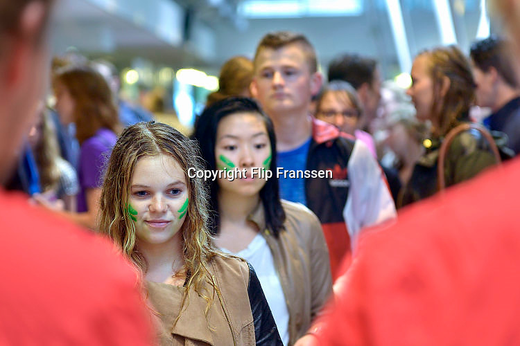 Nederland, Nijmegen, 16-8-2015Inschrijving, aanmelding eerstejaars studenten voor het nieuwe studiejaar en de introductie aan de Radboud Universiteit, RU.In de komende week kunnen de studenten kennismaken met hun studiegenoten, sportverenigingen, studentenverenigingen en de stad.FOTO: FLIP FRANSSEN/ HOLLANDSE HOOGTE