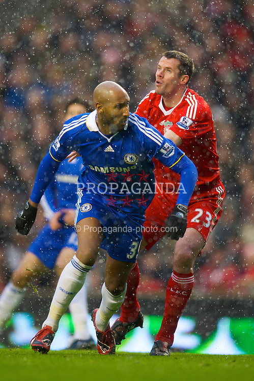 LIVERPOOL, ENGLAND - Sunday, February 1, 2009: Liverpool's Jamie Carragher in action against Chelsea's Nicolas Anelka as the snow falls during the Premiership match at Anfield. (Mandatory credit: David Rawcliffe/Propaganda)
