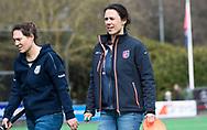 BILTHOVEN - hoofdklasse competitie dames, SCHC-Amsterdam.  coach Tina Bachmann (SCHC) met links assistent-coach Maike Stockel (SCHC)   COPYRIGHT KOEN SUYK