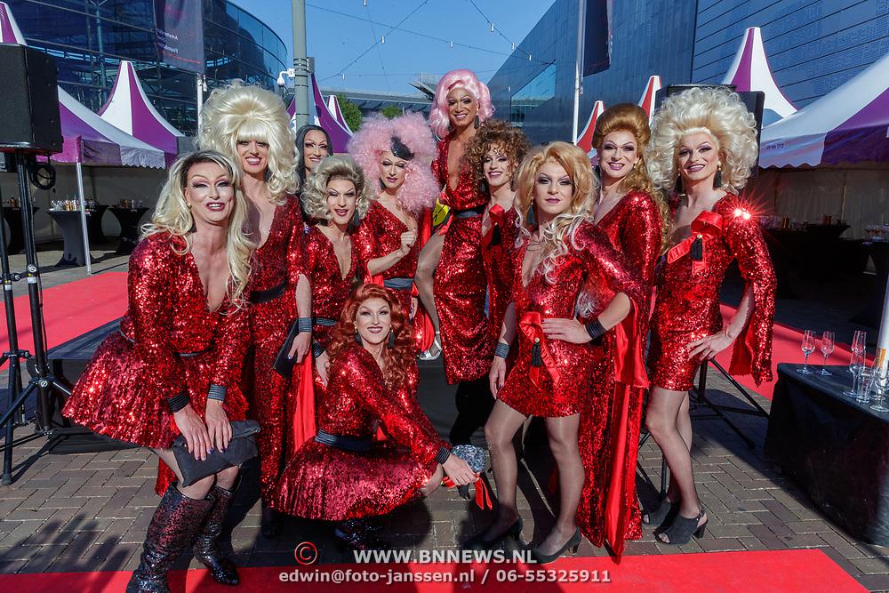 NLD/Amsterdam/201905225 - Amsterdamdiner 2019, travestieten