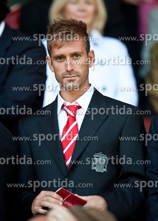 29.08.2010, Anfield, Liverpool, ENG, PL, Liverpool FC vs West Bromwich Albion?, im Bild Liverpool's new signing Raul Meireles before the Premiership match against West Bromwich Albion at Anfield, EXPA Pictures © 2010, PhotoCredit: EXPA/ Propaganda/ D. Rawcliffe *** ATTENTION *** UK OUT! / SPORTIDA PHOTO AGENCY
