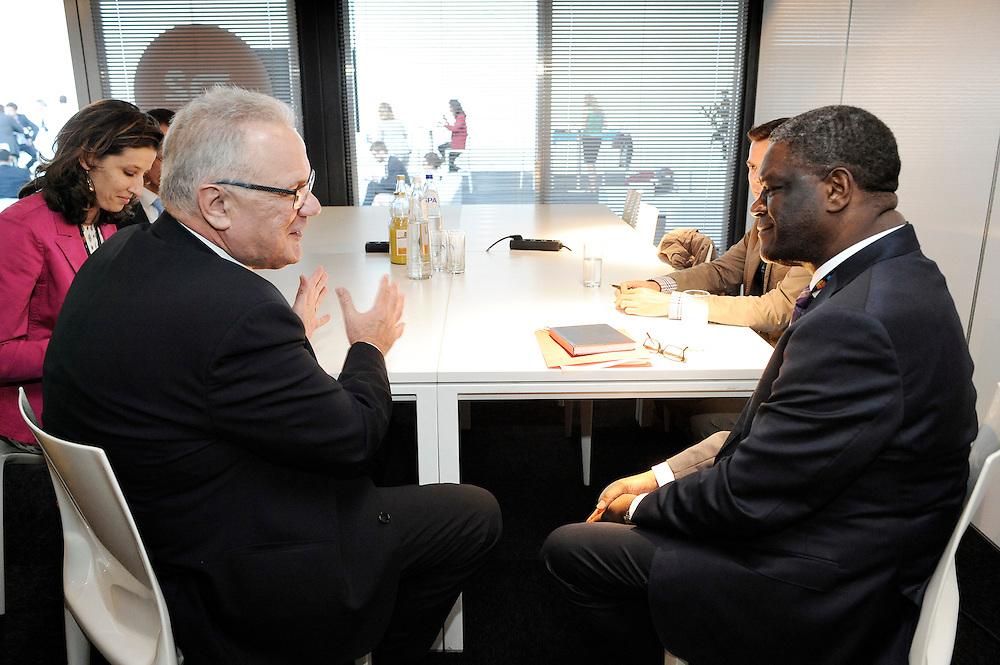 20150604- Brussels - Belgium - 04 June2015 - European Development Days - EDD  - <br /> Neven Mimica Devco and Dr Denis Mukwege<br /> UNIDO &copy; EU/UE