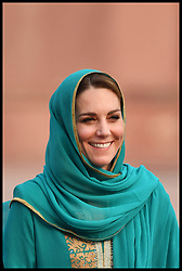 October 17, 2019, Lahore, Lahore, Pakistan: Image ©Licensed to i-Images Picture Agency. 16/10/2019. Lahore, Pakistan. Duke and Duchess of Cambridge Royal Tour of Pakistan-Day Four. Prince William, The Duke of Cambridge accompanied by his wife Catherine, The Duchess of Cambridge, visit the Badshahi Mosque in Lahore, Pakistan, on day four of their five day tour of the country. Picture by Andrew Parsons / i-Images (Credit Image: © Andrew Parsons/i-images via ZUMA Press)