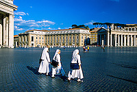 Piazza San Pietro (St. Peter's Square), Vatican, Rome, Italy