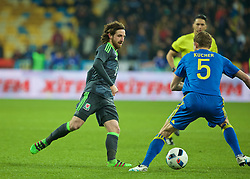 KIEV, UKRAINE - Easter Monday, March 28, 2016: Wales' Joe Allen in action against Ukraine during the International Friendly match at the NSK Olimpiyskyi Stadium. (Pic by David Rawcliffe/Propaganda)
