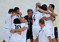 FIFA BEACH SOCCER WORLD CUP 2008 ITALY - SPAIN  26.07.2008 Coach Giancarlo MAGRINI (ITA) celebrates with his team.