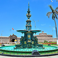 Independence Square Fountain in Callao, Peru<br />