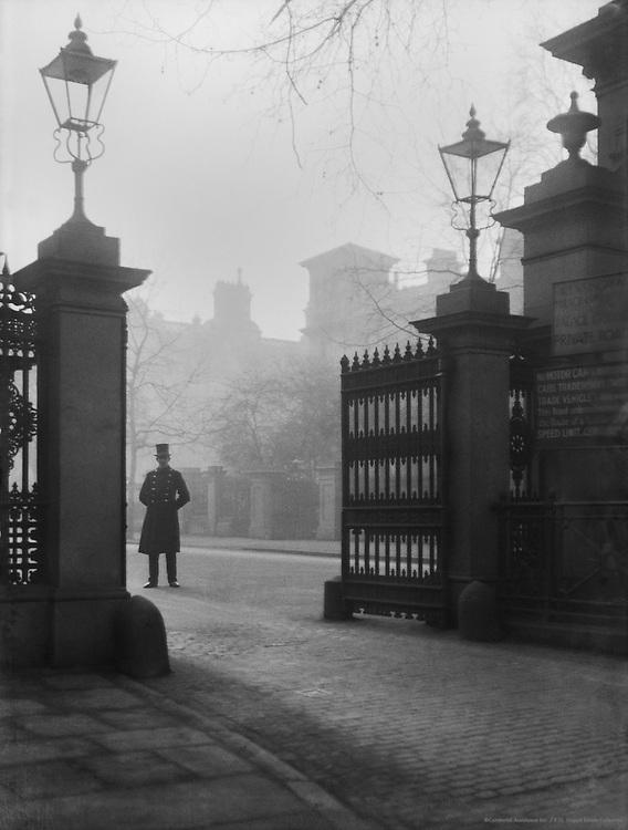 Kensington Palace, London, 1927
