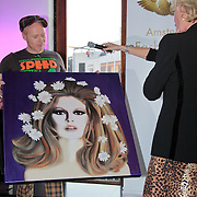 NLD/Amsterdam/20110521 - Amsterdam fashion Gala 2011, Sheila de Vries krijgt de Fashion Museum Award 2011