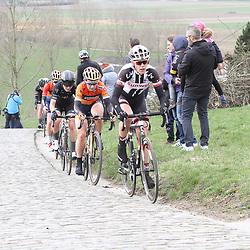 25-02-2017: Wielrennen: Omloop Het Nieuwsblad: Gent  <br />GENT (BEL) wielrennen  <br />Ellen van Dijk, Amy Pieters, Elisa Longo Borghini