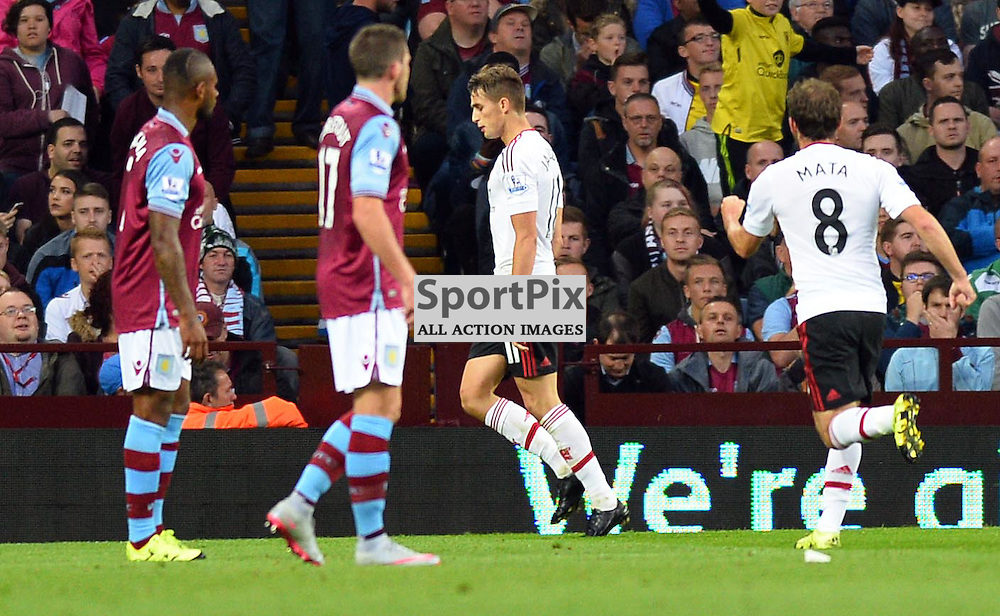 Adan Januzai scores for Manchester United to make it 1-0
