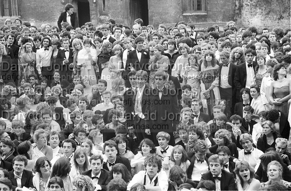 Survivors of the Worcester College May Ball. Oxford. June 1984. SUPPLIED FOR ONE-TIME USE ONLY> DO NOT ARCHIVE. ? Copyright Photograph by Dafydd Jones 248 Clapham Rd.  London SW90PZ Tel 020 7820 0771 www.dafjones.com