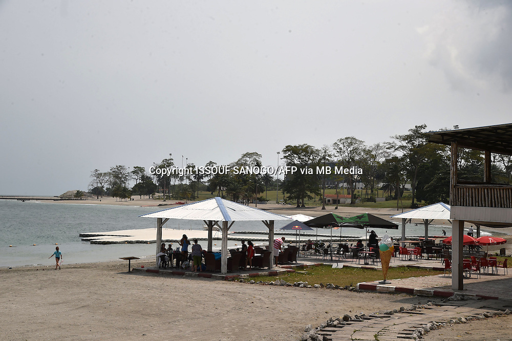 SPECIAL FIFA: Photo shows Sipop beach  in Malabo. AFP PHOTO / ISSOUF SANOGO