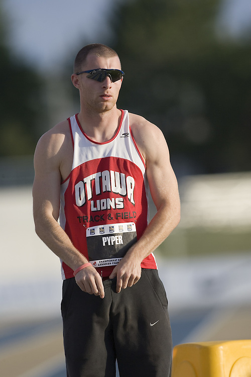 13 July 2007 (Windsor--Canada) -- The 2007 Canadian National Track and Field Championships... Todd Pyper before his 400m heat.