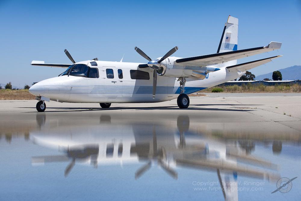 Rockwell 690B Aero Commander Turbo N279DD