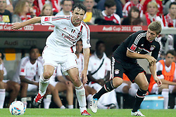 26.07.2011, Allianz Arena, Muenchen, GER, Audi Cup 2011,  FC Bayern vs AC Milan, im Bild  Mark van Bommel (Milan #4) im Kampf mit Toni Kroos (Bayern #39) // during the Audi Cup 2011,  FC Bayern vs AC Milan , on 2011/07/26, Allianz Arena, Munich, Germany, EXPA Pictures © 2011, PhotoCredit: EXPA/ nph/  Straubmeier       ****** out of GER / CRO  / BEL ******