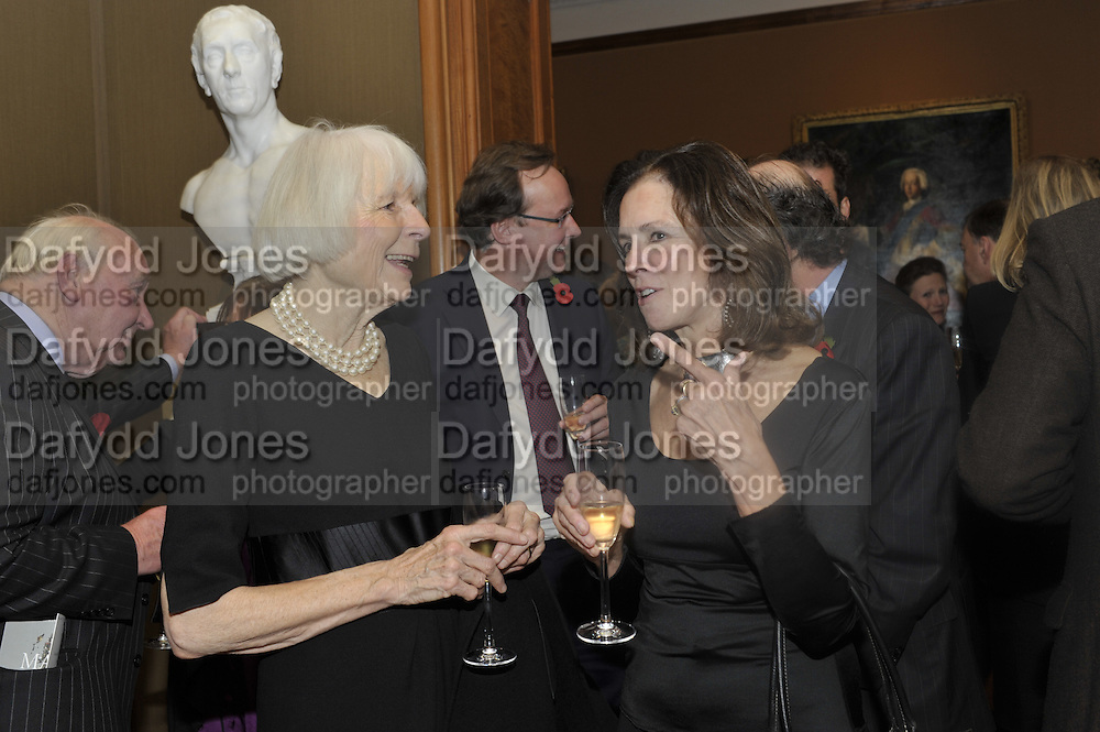 LADY NORWICH; LADY MIMI PACKENHAM, Rothschild Wealth Management & Trust  and David Campbell  host a party to celebrate the publication of <br /> 'Made in Britain' -The Men and Women Who Shaped the Modern World by Adrian Sykes. National Portrait Gallery. London. 9 November 2011 <br /> <br /> <br />  , -DO NOT ARCHIVE-© Copyright Photograph by Dafydd Jones. 248 Clapham Rd. London SW9 0PZ. Tel 0207 820 0771. www.dafjones.com.