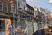 In Utrecht brandt een fakkel bij werkzaamheden in de binnenstad.<br /> <br /> In Utrecht a torch burns at work in the city.