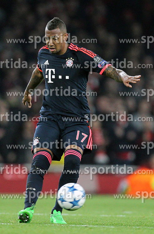 20.10.2015, Emirates Stadium, London, ENG, UEFA CL, FC Arsenal vs FC Bayern Muenchen, Gruppe F, im Bild Jerome Boateng #17 (FC Bayern Muenchen) // during UEFA Champions League group F match between Arsenal FC and FC Bayern Munich at the Emirates Stadium in London, Great Britain on 2015/10/20. EXPA Pictures &copy; 2015, PhotoCredit: EXPA/ Eibner-Pressefoto/ Kolbert<br /> <br /> *****ATTENTION - OUT of GER*****