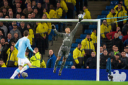 MANCHESTER, ENGLAND - Wednesday, March 24, 2010: Everton's goalkeeper Tim Howard makes a save during the Premiership match against Manchester City at the City of Manchester Stadium. (Photo by David Rawcliffe/Propaganda)