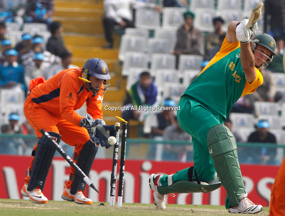 03.03.2011 Cricket World Cup from the Punjab Cricket Association Stadium, Mohali in Chandigarh. South Africa v Netherlands. Graeme Smith captain of South Africa bold out during the match of the ICC Cricket World Cup between Netherlands and South Africa