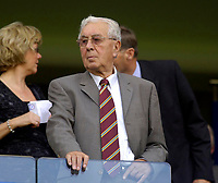 Photo: Daniel Hambury.<br />Chelsea v Aston Villa. The Barclays Premiership. 30/09/2006.<br />Villa's ex-chairman Doug Ellis.