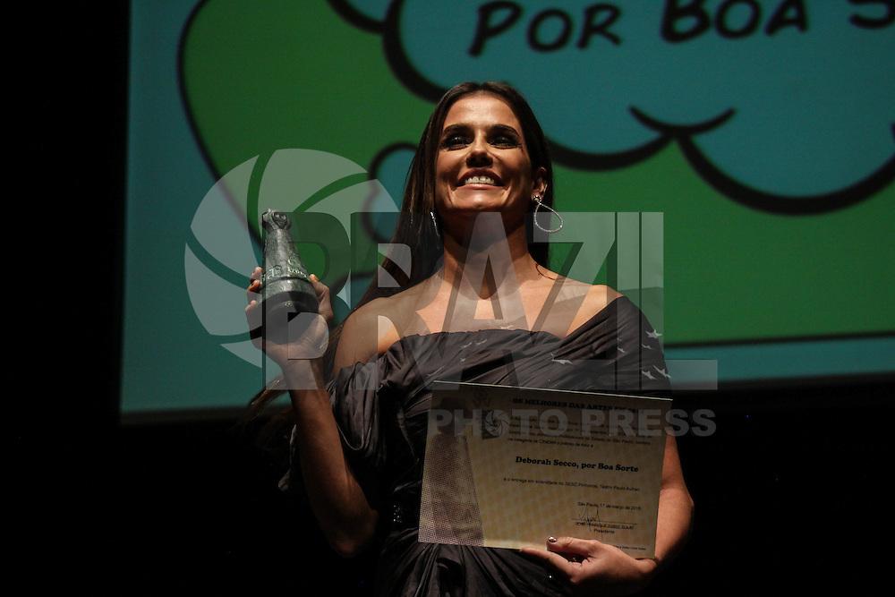 SAO PAULO, SP, 17.03.2015 - PREMIO APCA: Deborah Secco durante 59º prêmio APCA, no bairro de Pinheiros na região oeste da cidade de São Paulo nesta terça-feira, (17). (Foto: Marcos Moraes / Brazil Photo Press).