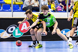 27.04.2018, BSFZ Suedstadt, Maria Enzersdorf, AUT, HLA, SG INSIGNIS Handball WESTWIEN vs Bregenz Handball, Viertelfinale, 1. Runde, im Bild Lukas Frühstück (Bregenz Handball), Samuel Kofler (SG INSIGNIS Handball WESTWIEN) // during Handball League Austria, quarterfinal, 1 st round match between SG INSIGNIS Handball WESTWIEN and Bregenz Handball at the BSFZ Suedstadt, Maria Enzersdorf, Austria on 2018/04/27, EXPA Pictures © 2018, PhotoCredit: EXPA/ Sebastian Pucher