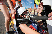 Aniek Rooderkerken tijdens de derde racedag. Het Human Power Team Delft en Amsterdam, dat bestaat uit studenten van de TU Delft en de VU Amsterdam, is in Amerika om tijdens de World Human Powered Speed Challenge in Nevada een poging te doen het wereldrecord snelfietsen voor vrouwen te verbreken met de VeloX 7, een gestroomlijnde ligfiets. Het record is met 121,44 km/h sinds 2009 in handen van de Francaise Barbara Buatois. De Canadees Todd Reichert is de snelste man met 144,17 km/h sinds 2016.<br /> <br /> With the VeloX 7, a special recumbent bike, the Human Power Team Delft and Amsterdam, consisting of students of the TU Delft and the VU Amsterdam, wants to set a new woman's world record cycling in September at the World Human Powered Speed Challenge in Nevada. The current speed record is 121,44 km/h, set in 2009 by Barbara Buatois. The fastest man is Todd Reichert with 144,17 km/h.