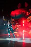 KELOWNA, CANADA - SEPTEMBER 22:  Mark Liwiski #9 of the Kelowna Rockets enters the ice against the Kamloops Blazers on September 22, 2018 at Prospera Place in Kelowna, British Columbia, Canada.  (Photo by Marissa Baecker/Shoot the Breeze)  *** Local Caption ***